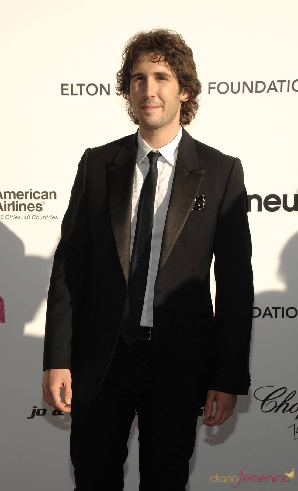 Josh Groban en la fiesta Elton John Oscar 2010