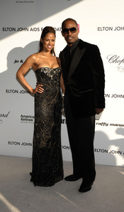 Jamie Foxx y Stacie Dash en la fiesta Elton John Oscar 2010