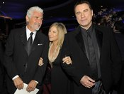 James Brolin, Streisand y Travolta en el baile Governors Ball, tras los Oscar 2010