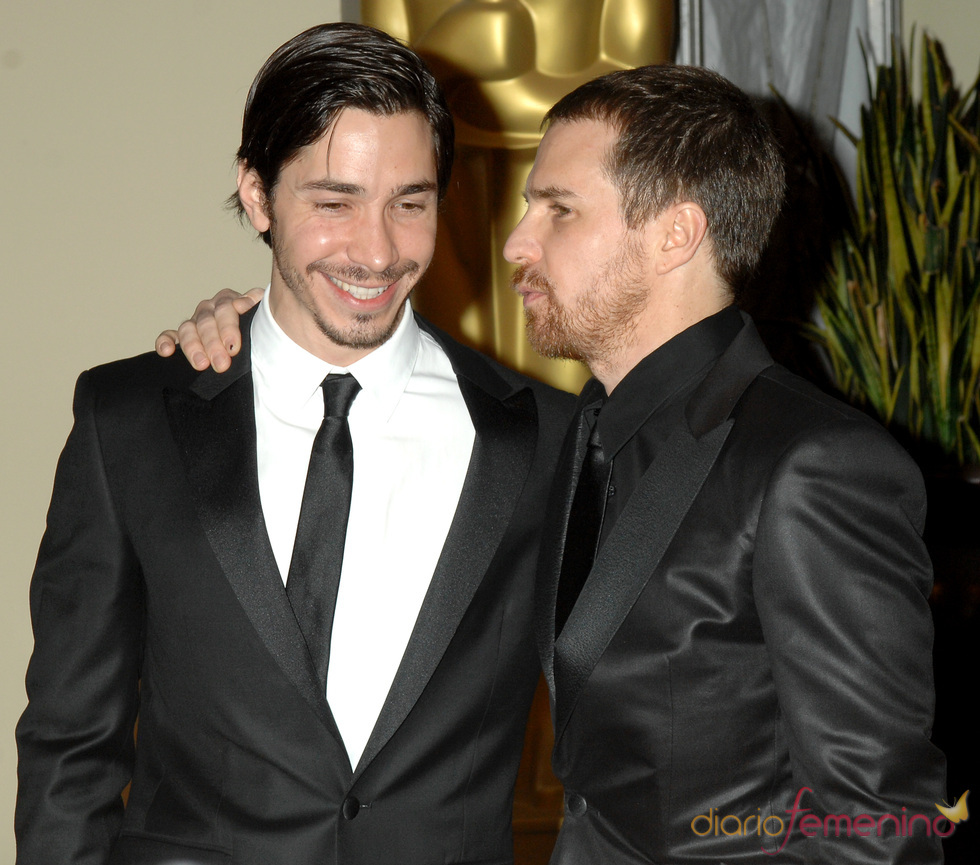 Justin Long y Sam Rockwell en los Governors Awards 2010