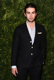 Premios Vogue Fashion Fund 2010 con Chace Crawford