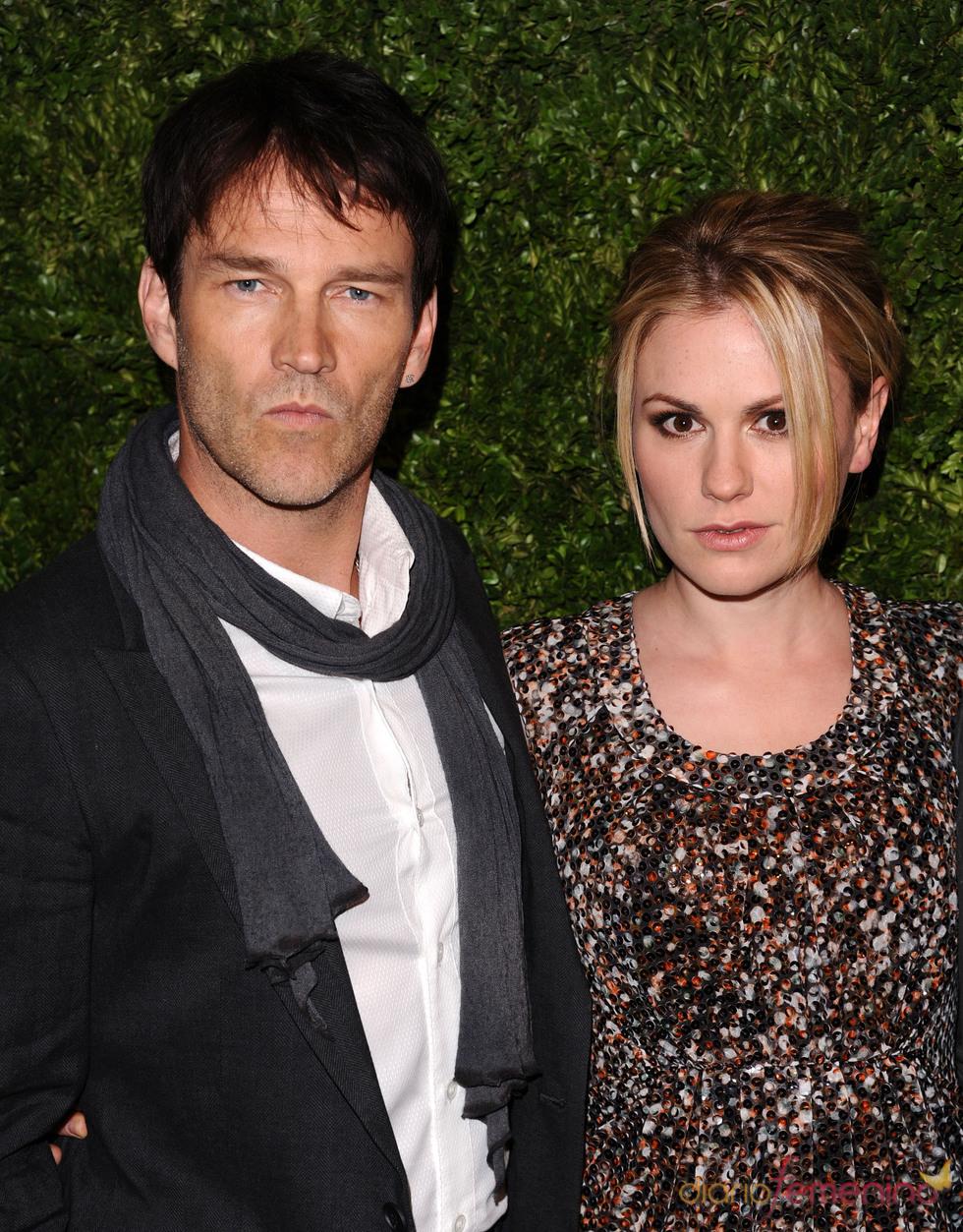 Anna Paquin y Stephen Moyer en los Premios Vogue Fashion Fund 2010