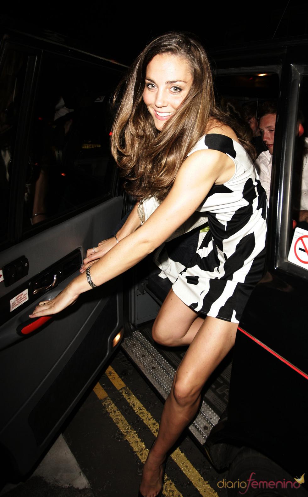 Kate Middleton con un look festivo
