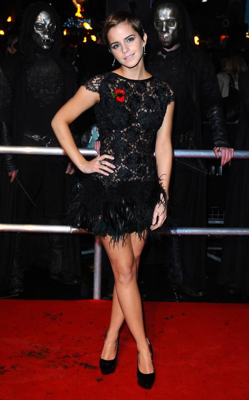 Emma Watson con un favorecedor vestido de encaje