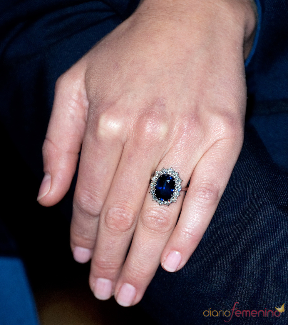 Un anillo de compromiso muy especial