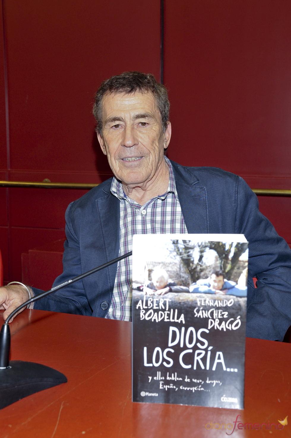 Sanchez Dragó en la presentación de su libro 'Dios los cría...'