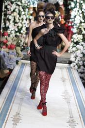 Vestido con tirante asimétrico de Lavin para H&M