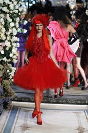 Espectacular vestido rojo de Lavin para H&M