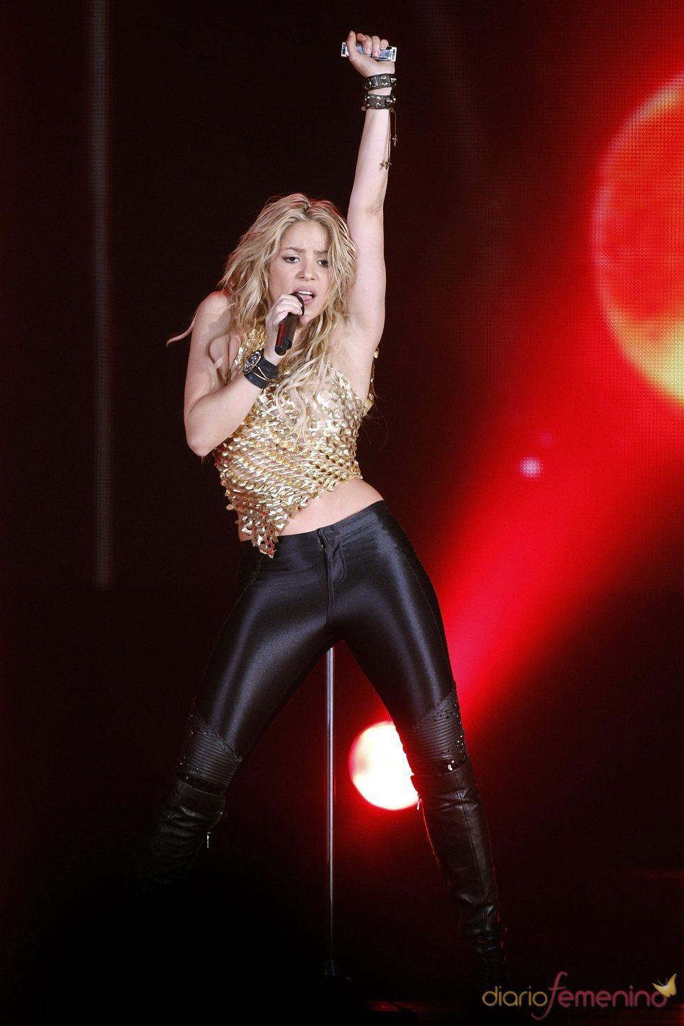 Shakira en un momento del concierto que ofreció en Zurich