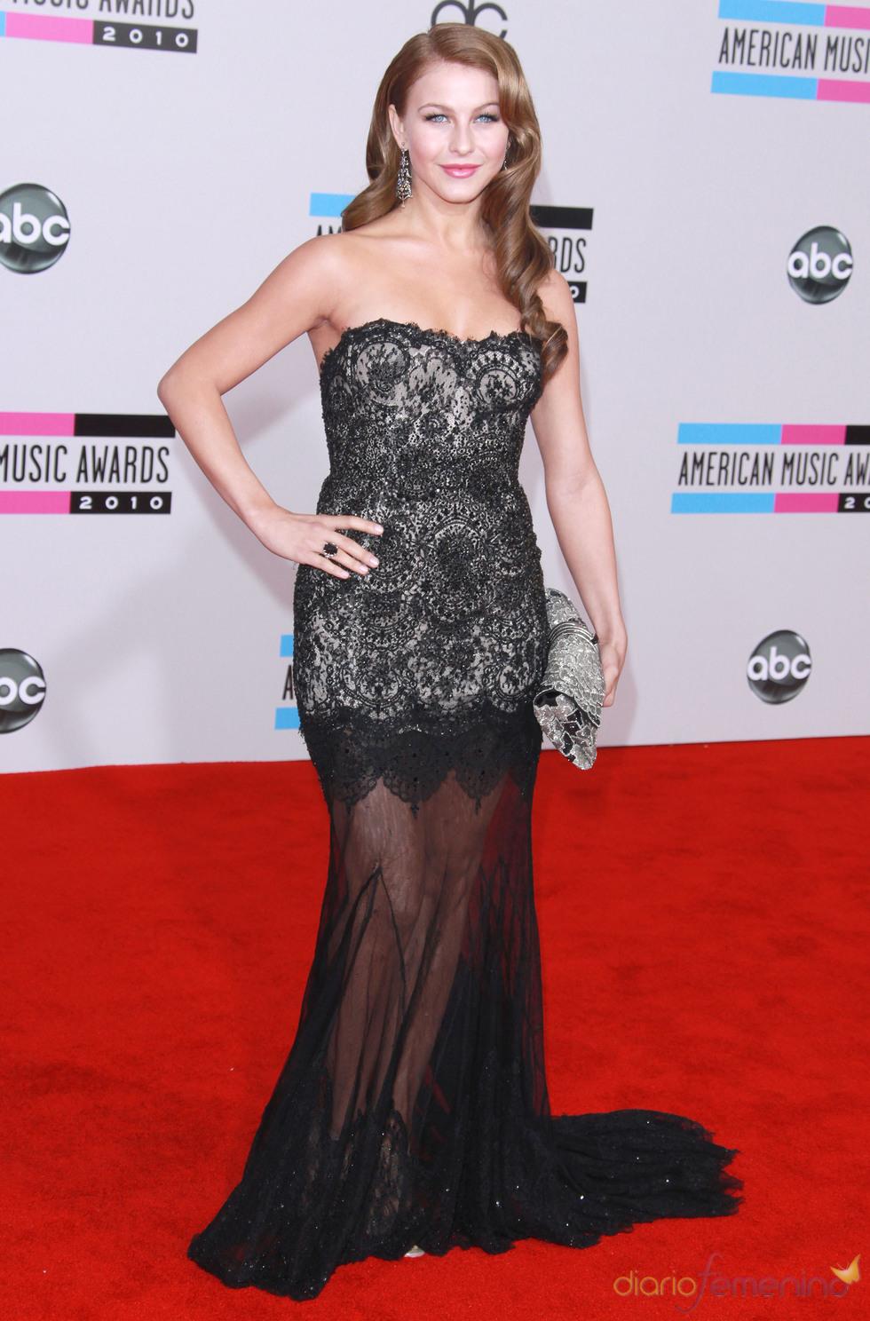 Julianne Hough en los American Music Awards 2010