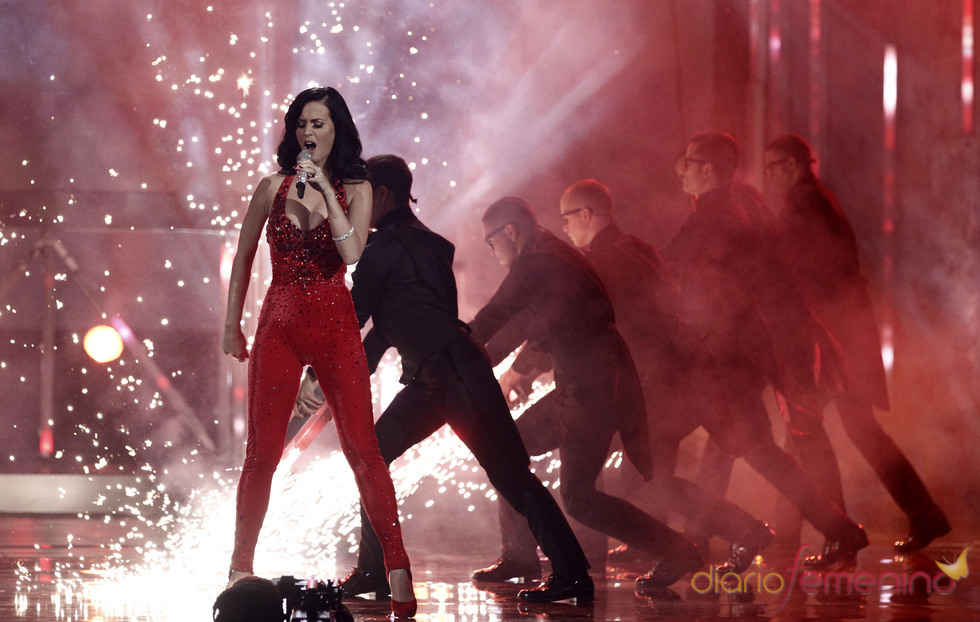Kate Perry en la 38 edición de los American Music Awards
