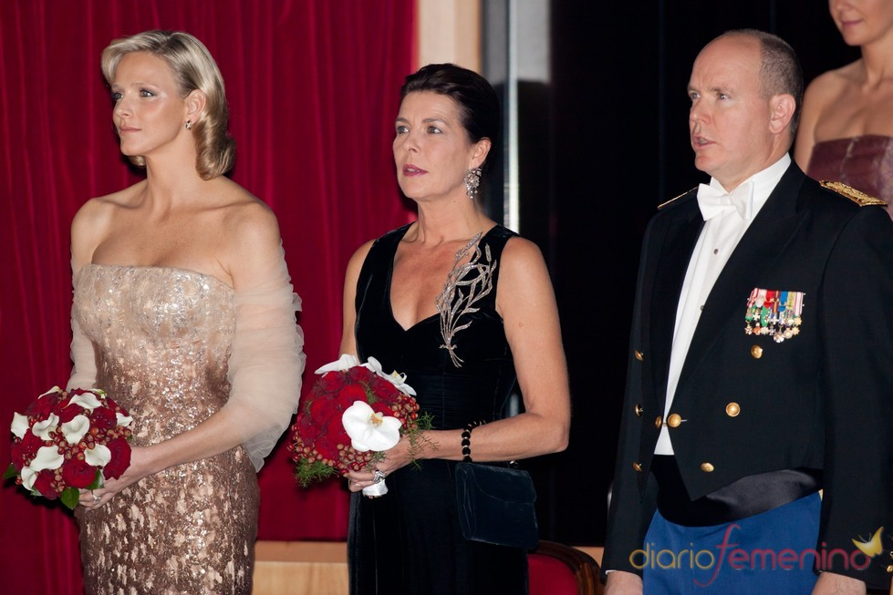 Charlene Wittstock, Carolina y Alberto de Mónaco en la ópera