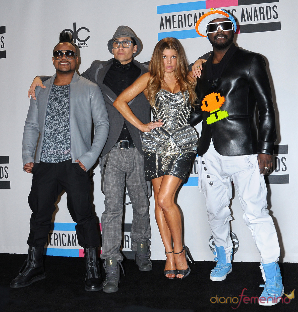 The Black Eyed Peas a su llegada a los American Music Awards 2010