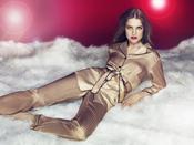 Catálogo de Etam para la Navidad: modelo Eben
