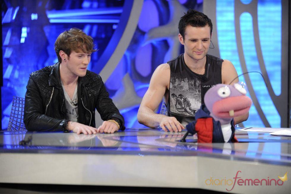 McFly se divierte con las hormigas de 'El Hormiguero'