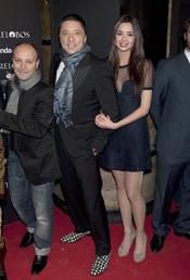 Dafne Fernández y Carlos Bardem en el estreno de 'Entrelobos'