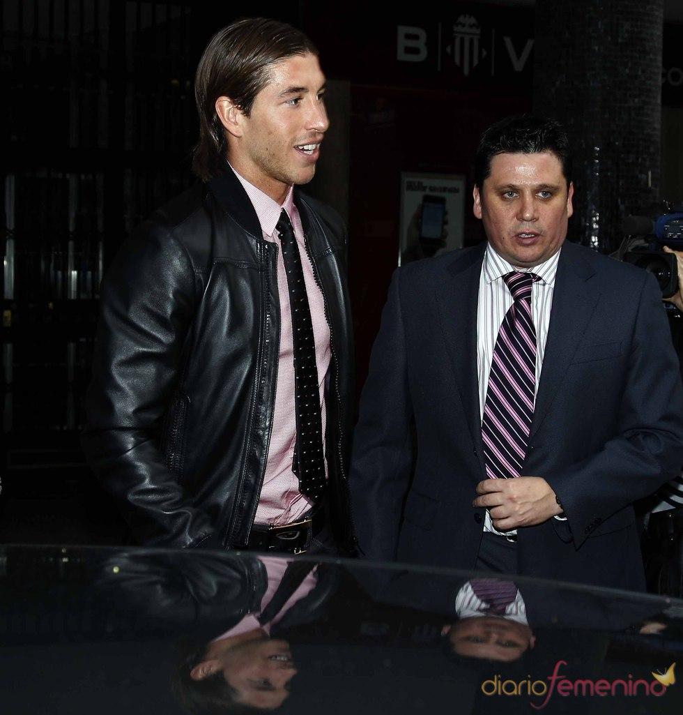 Sergio Ramos queda con sus compañeros del Real Masdrid
