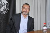 Arturo Pérez Reverte, su novela 'La Reina del Sur' en la televisión