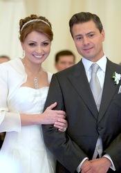Angélica Rivera y Enrique Peña se casan en México