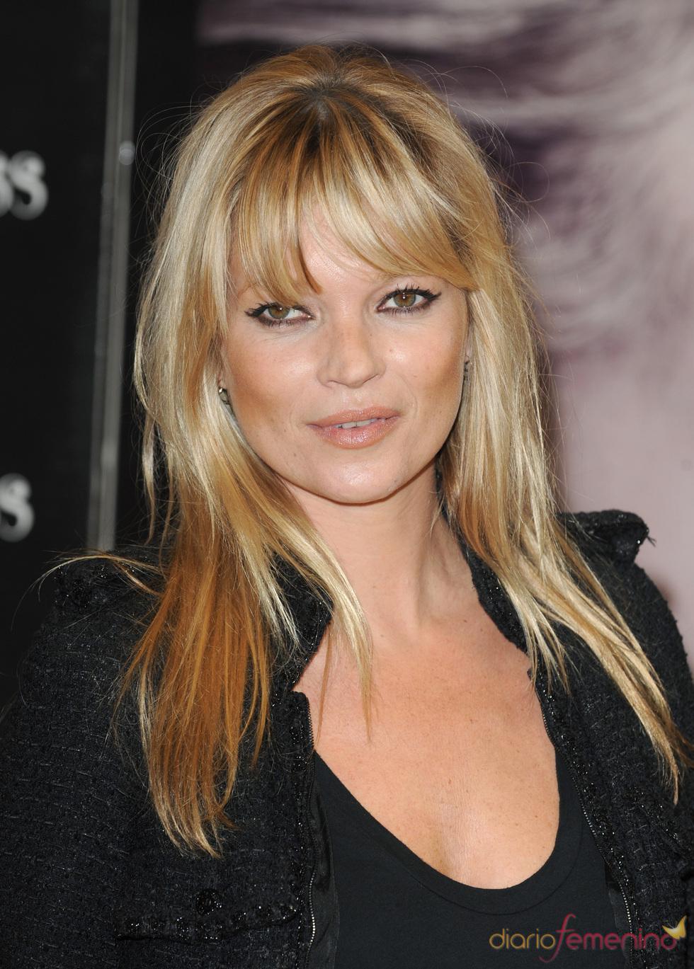 Kate Moss y su flequillo recto