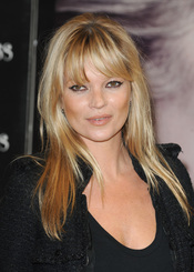Kate Moss y su flequillo recto