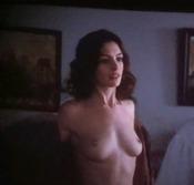 Anne Hathaway totalmente desnuda en 'Amor y otras drogas'