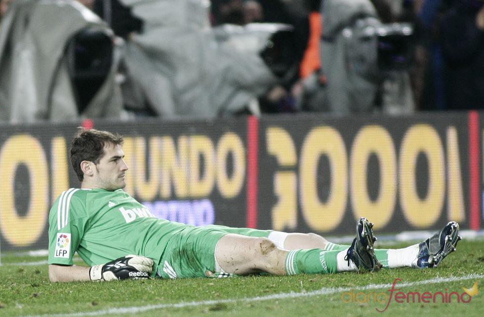 Iker Casillas, humillado ante el Barcelona F.C.
