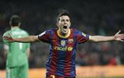 David Villa celebra un gol en el clásico
