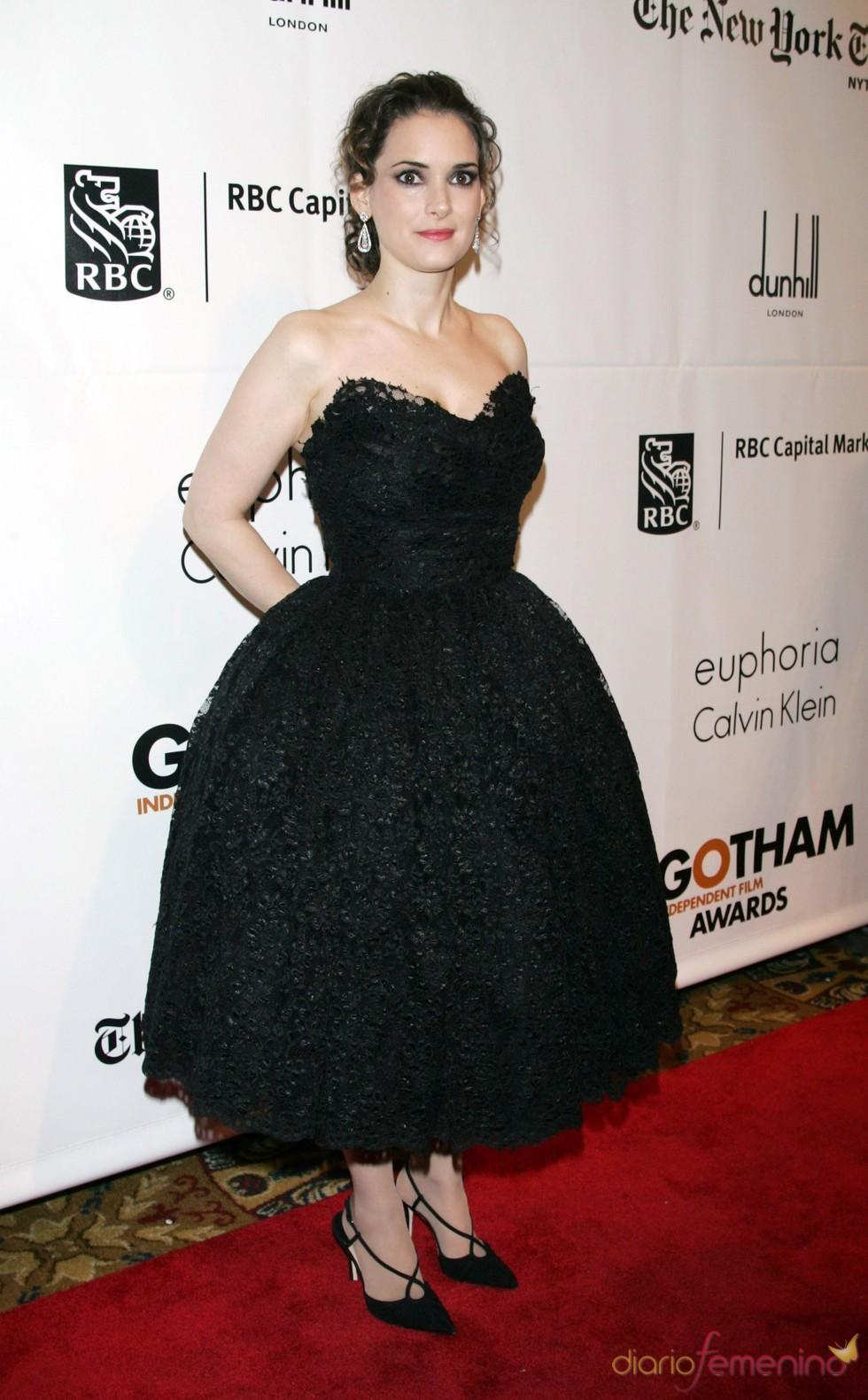Winona Ryder a su llegada a los premios Gotham en Nueva York
