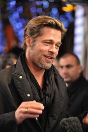Brad Pitt con barba, en el estreno de 'Megamind'