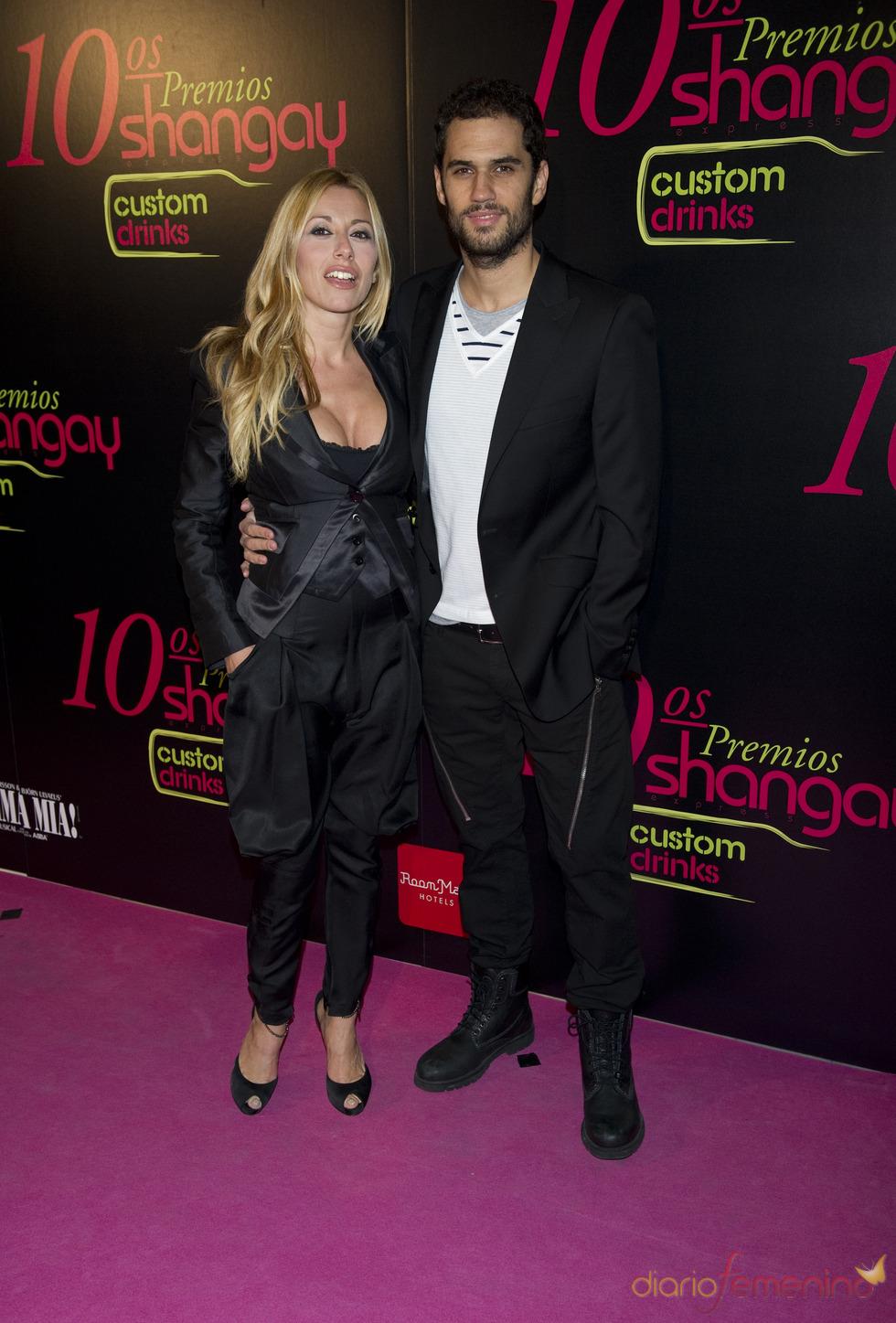 Iker Lastra y Susana Reche en los Premios Shangay 2010