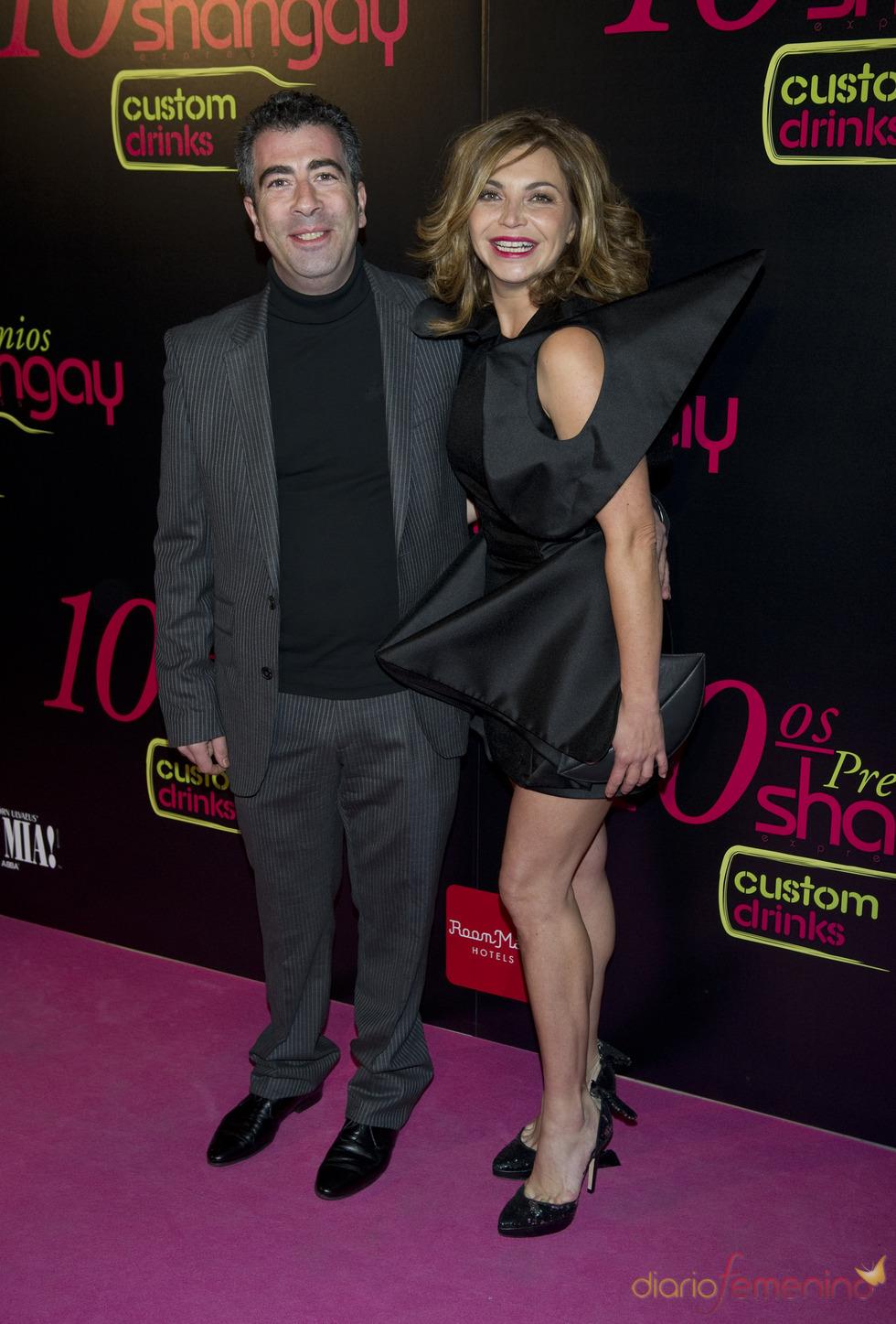 Neus Asensi y Agustín Jiménez en los Premios Shangay 2010