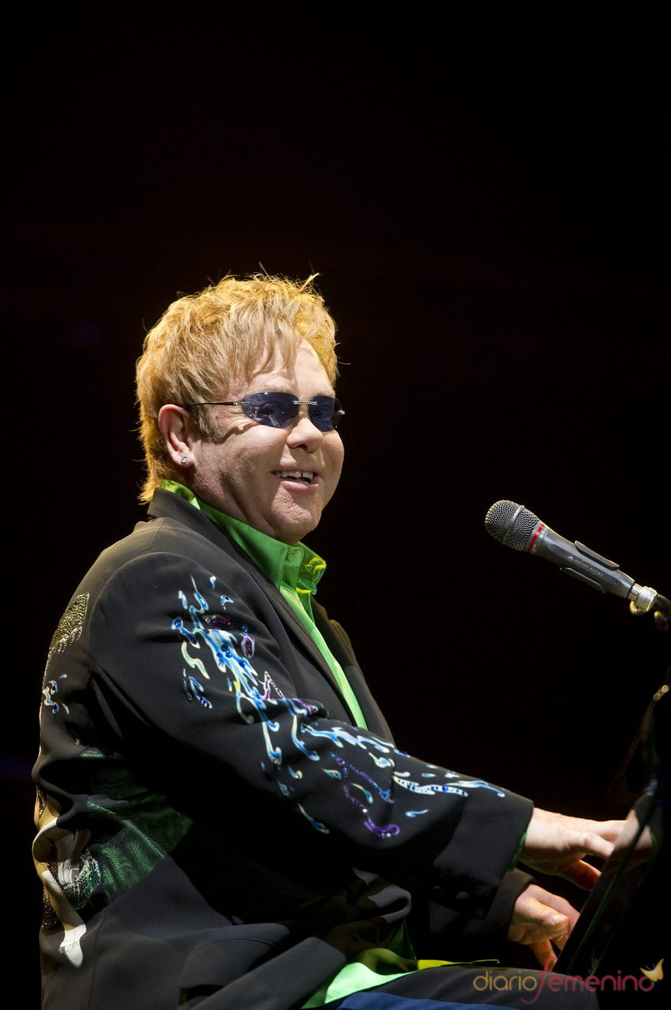 Elton John director por un día de 'The Independent'