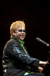 Elton John director por un día de 'The Independent'