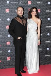 Miguel Bosé y Eugenia Silva en la gala contra el Sida 2010