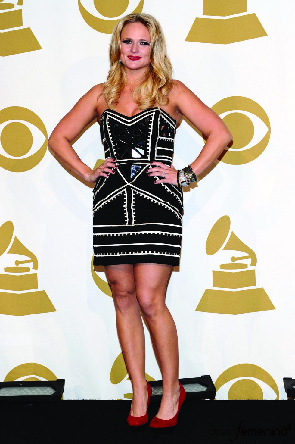 Miranda Lambert a su llegada a las nominaciones de los Grammy 2011