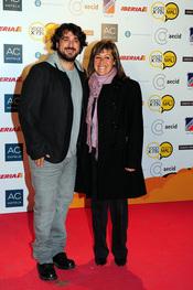 Antonio Orozco y Nuri Marín, solidarios