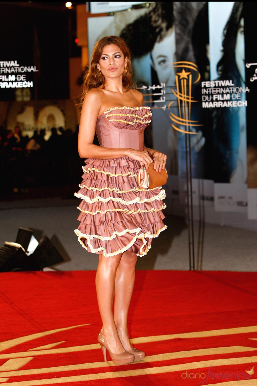 Eva Mendes en el Festival de Cine de Marrakech con un look en rosa