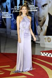 Eva Mendes deslumbra Marrakech con un Christian Dior lavanda