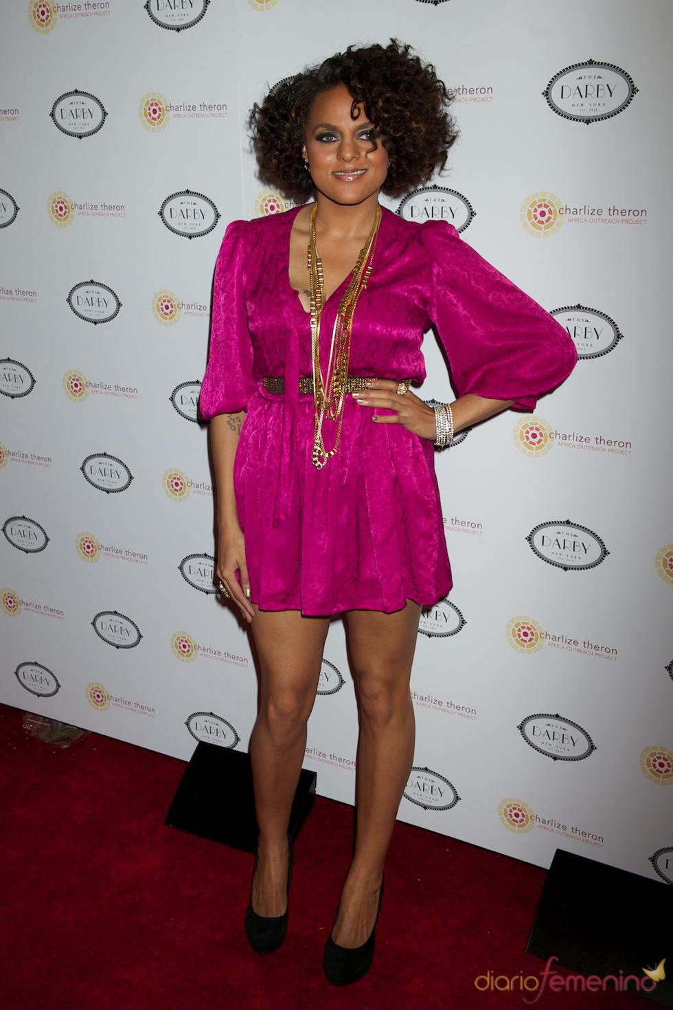 Marsha Ambrosius en la fiesta benéfica de Charlize Theron en Nueva York