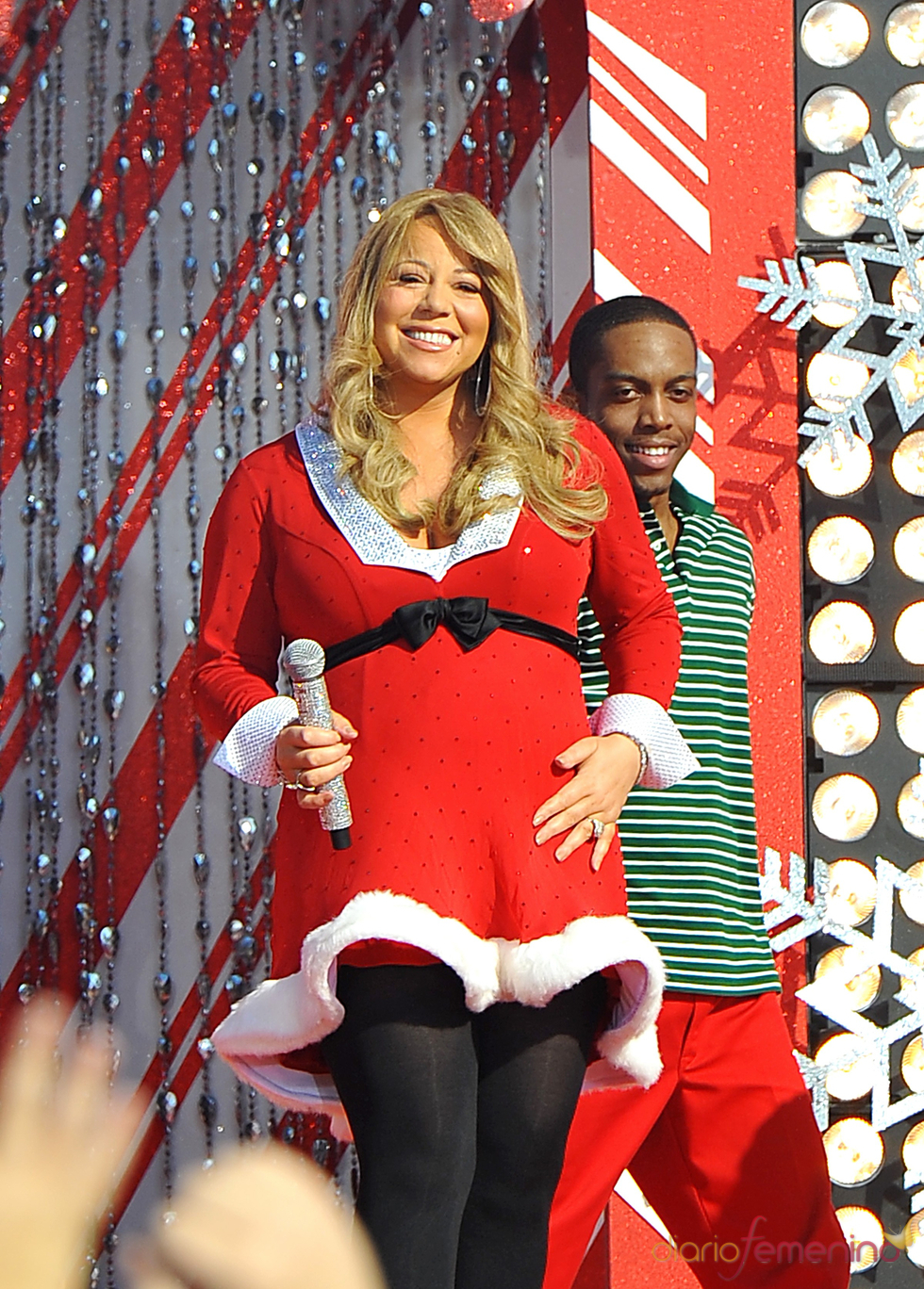 Mariah Carey da la bienvenida a la Navidad en Disneyworld