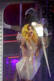 Lady Gaga durante su actuación en Barcelona