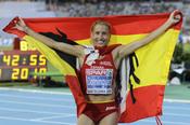 La atleta Marta Domínguez celebra uno de sus triunfos