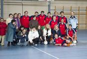 Foto oficial del partido de fútbol-sala en favor de niños con discapacidad psíquica