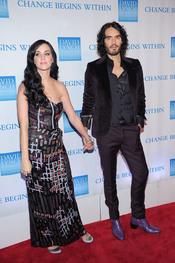 Katy Perry y Russell Brand en la gala benéfica 2010 de David Lynch
