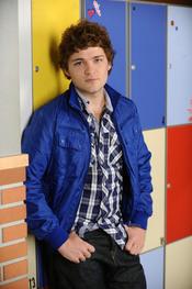 Adam Jezierski, entre los actores españoles más guapos