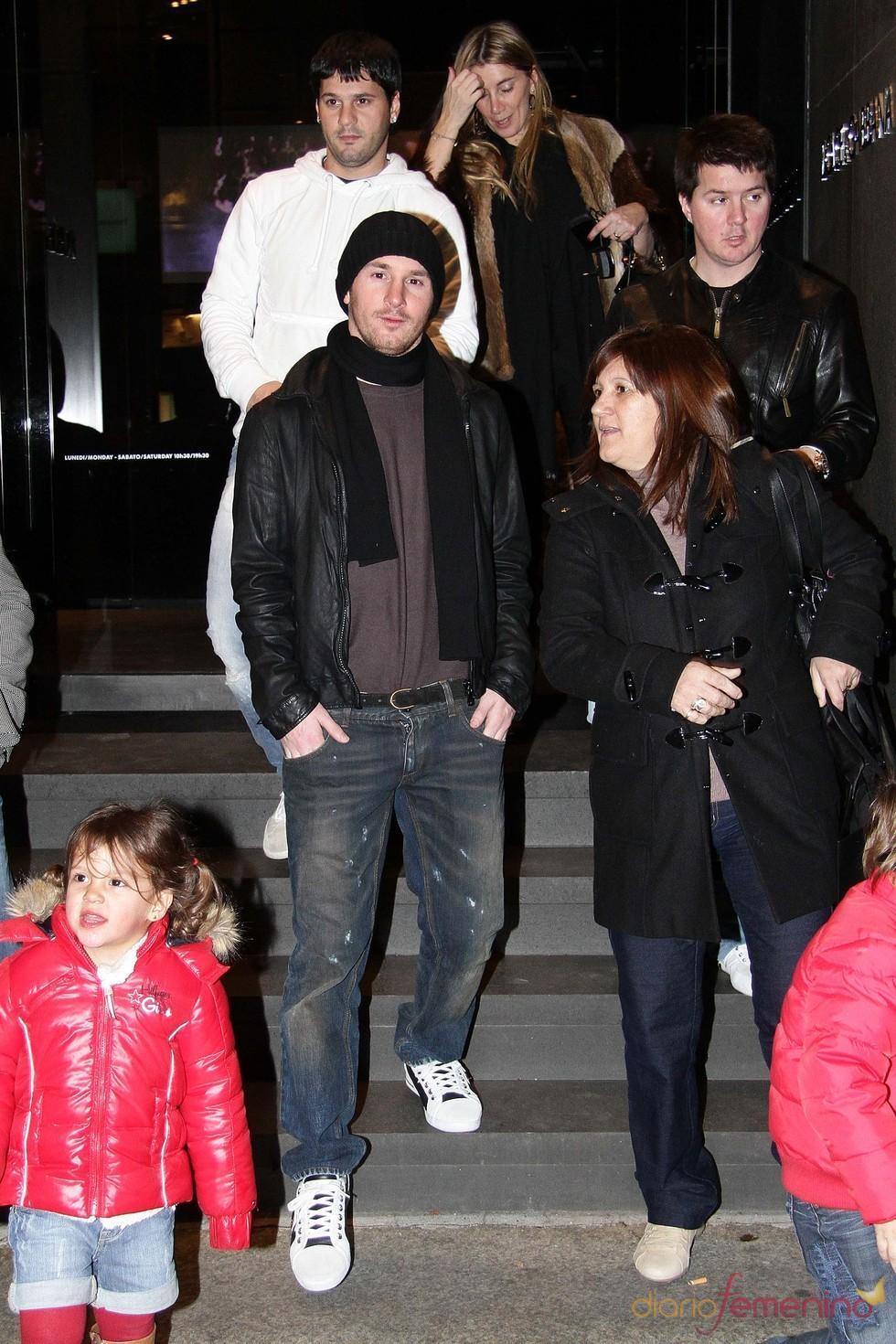 Los preparativos navideños de Leo Messi en Milán