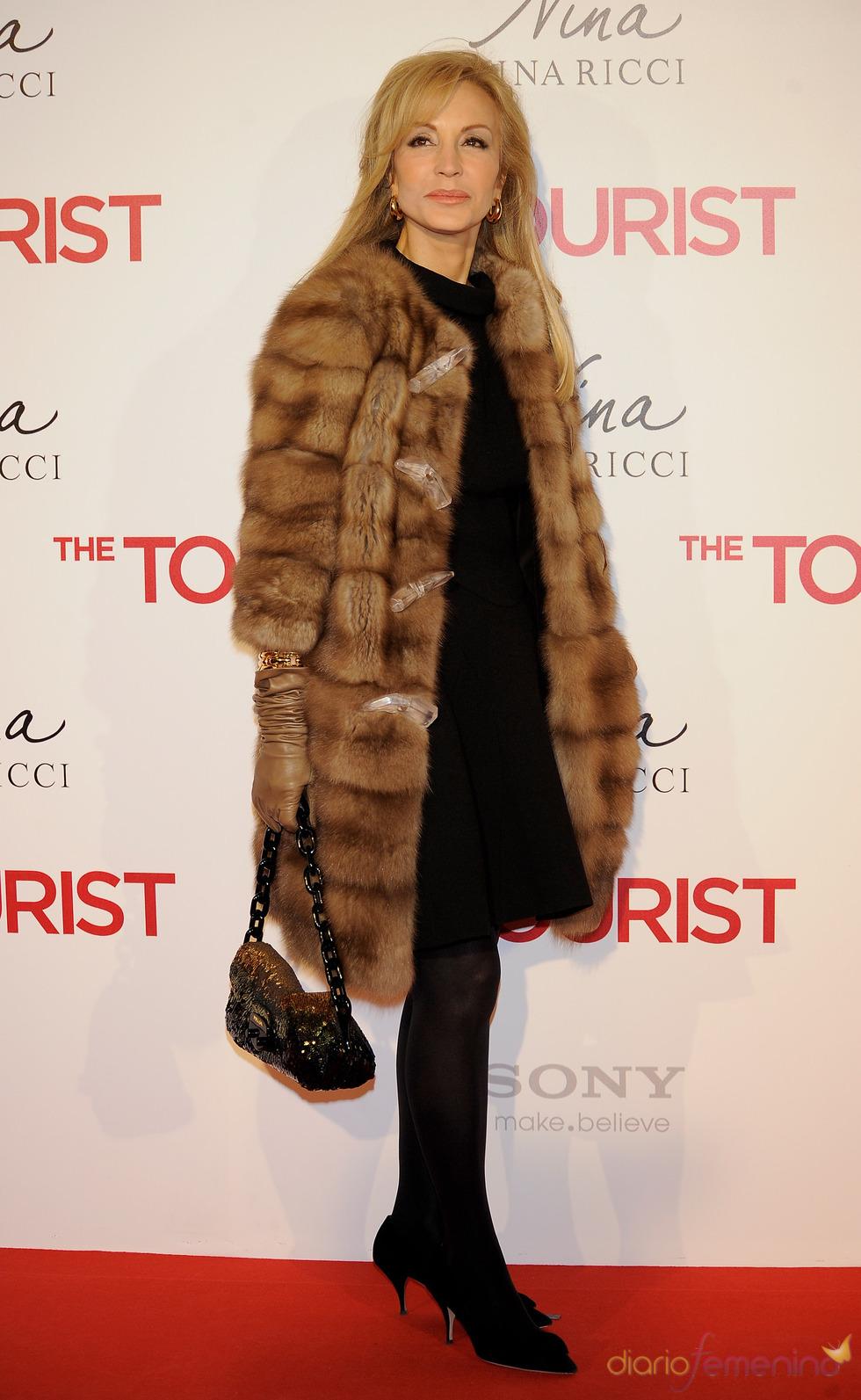 Carmen Lomana en la premiere de 'The Tourist' en Madrid