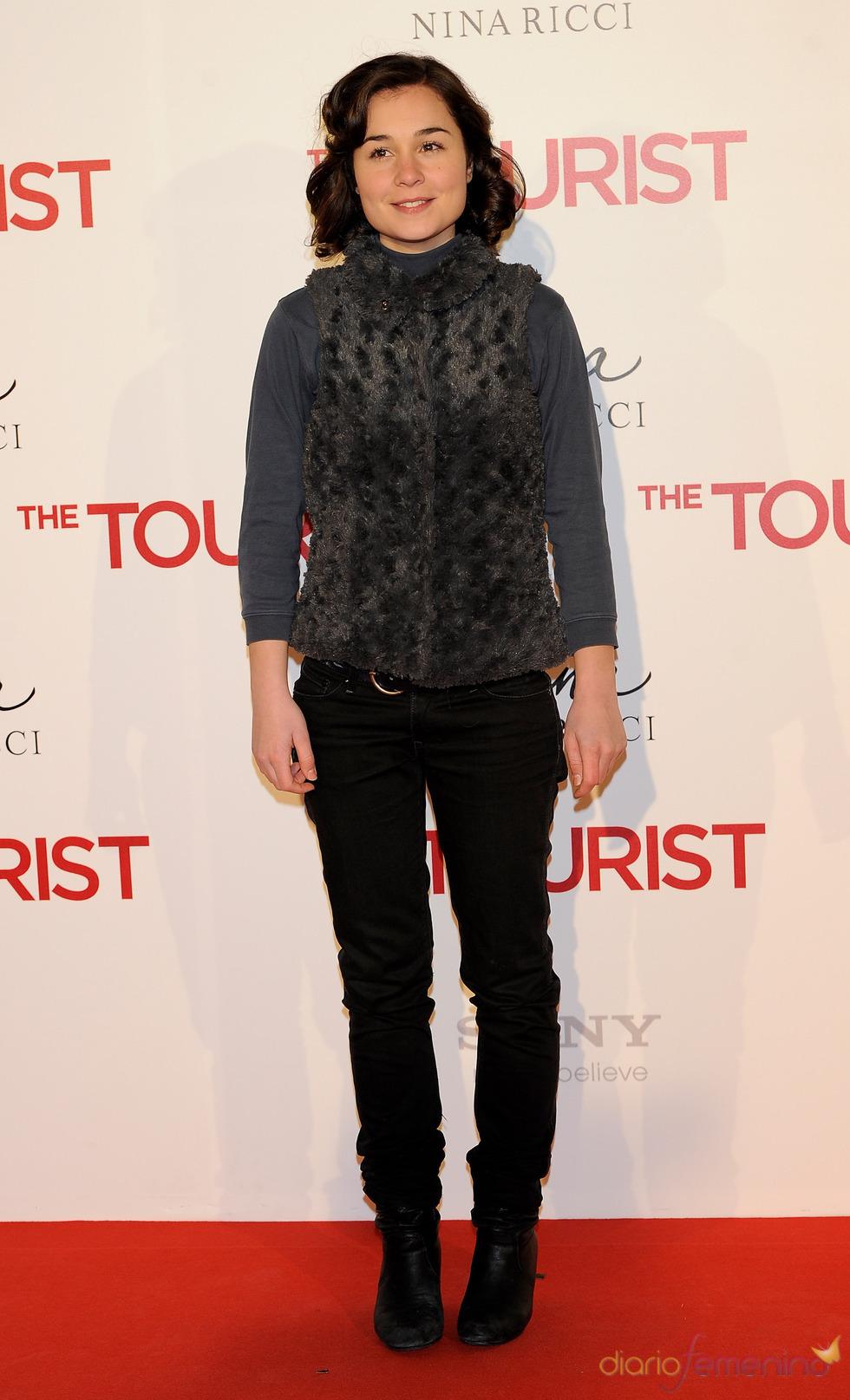 Nadia de Santiago en la premiere de 'The Tourist' en Madrid