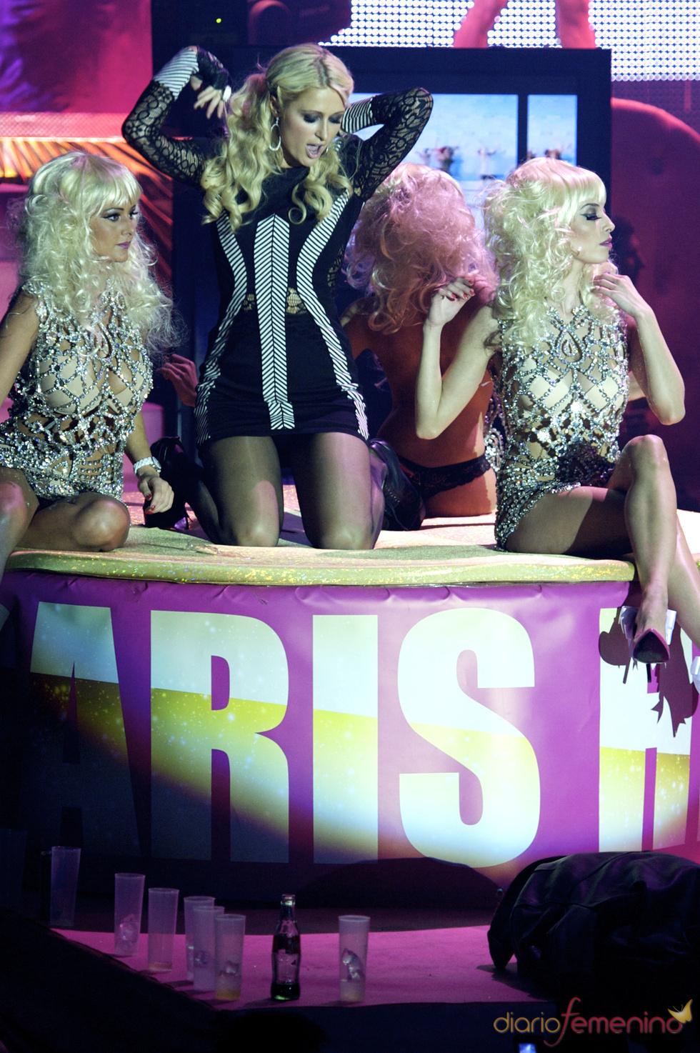 Paris Hilton disfruta en una gran fiesta madrileña